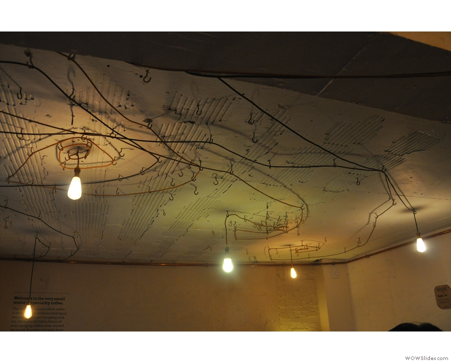 I also, as is to be expected, loved the lightbulbs hanging from the ceiling.