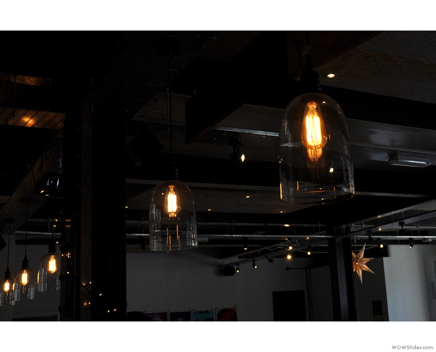 Another look at the light-fittings over the counter.